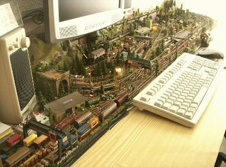 desktop-model-railroad
